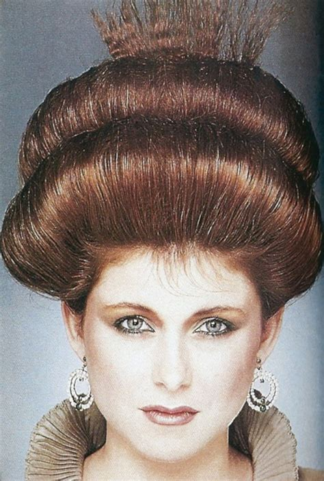 How To Do A 70s Hairstyle by 17 Best Images About 1970 S Hair On Vintage