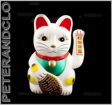 enorme chat prosperite japonais maneki neko lucky cat chat porte bonheur chat japonais
