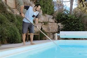 Comment Nettoyer Le Fond D Une Piscine Sans Aspirateur : nettoyer et entretenir ma piscine ~ Melissatoandfro.com Idées de Décoration