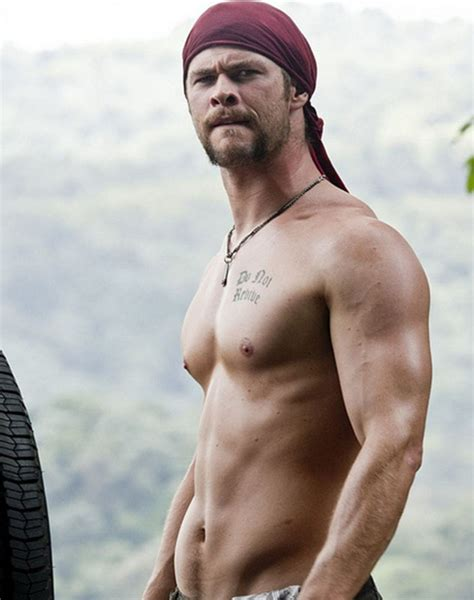 sudden hair loss in chris hemsworth thor workout diet weight loss body stats