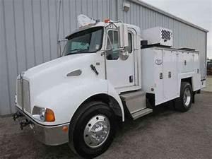 Kenworth T300  2008    Utility    Service Trucks