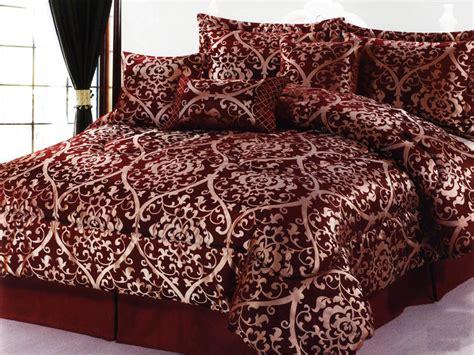7 pc luxurious majestic royal floral jacquard comforter