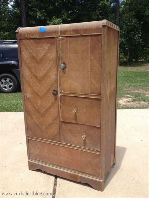 Wardrobe Dresser For Sale by Best 25 Antique Wardrobe Ideas On Antique