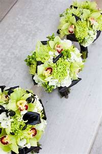 Modern Green & Black Wedding Flowers » CALIE ROSE