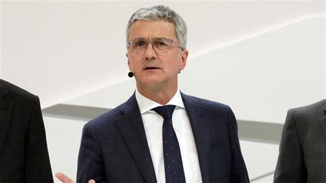 Im Audi Chef Rupert Stadler by Audi Chef Stadler Vor Dem Aus Vw Weist Berichte Zur 252 Ck