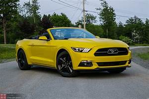 2015 Ford Mustang EcoBoost Convertible Review – No Respect
