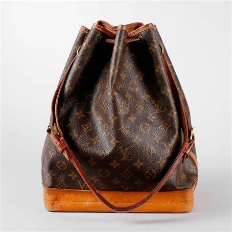 louis vuitton noe large model handbag expertissim