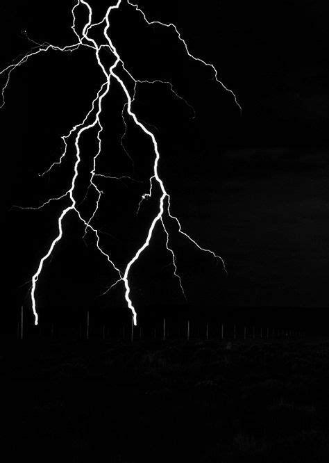 Lightning veins | Tattoo in 2019 | Thunder, lightning, Lightning, Wild weather