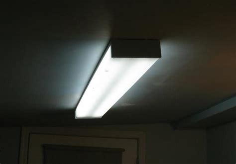 Fluorescent Lighting: Fluorescent Lighting Covers