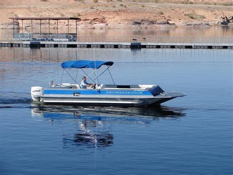 Lake Mead Patio Boat Rentals by 26 Deck Cruiser