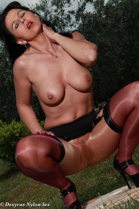 Hot Milf Desyra In Stockings And Pantyhose Layers Pichunter