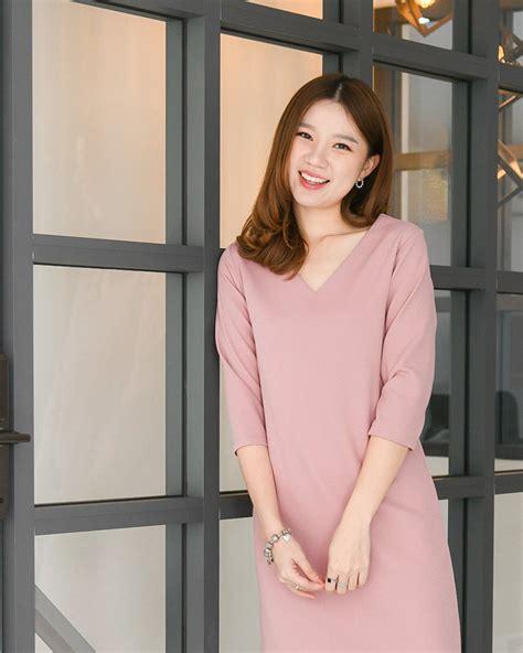 Basic B dress ชมพู - CRAYON
