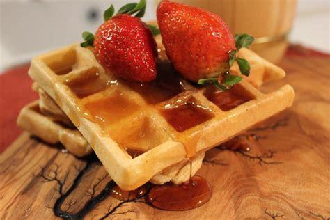 Një recetë praktike për të bërë waffles - Bake My Day ...