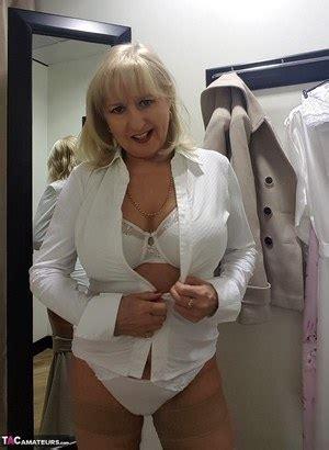 nude granny pics  hot  lady porn