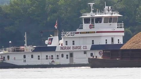 Youtube Tugboat Accidents by Tug And Barges On Tennessee River Youtube