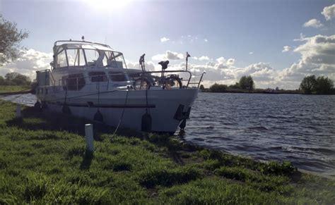 Last Minute Jachtverhuur Friesland by Yachtcharter Friesland Gjs Hw Yachtcharter