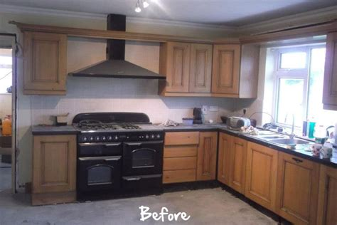 painting kitchen cabinets with farrow and handpaint furniture farrow painted kitchen 9705