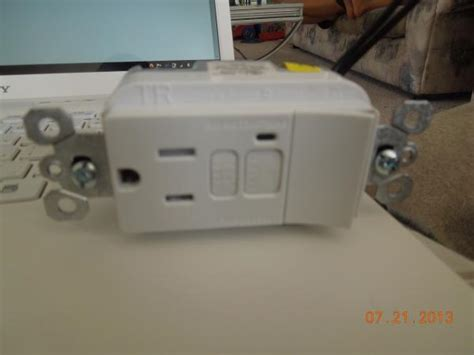 gfci outlet  switch wiring
