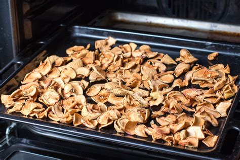 Oven Baked Apple Chips | Recipe | Apple chips baked, Baked ...