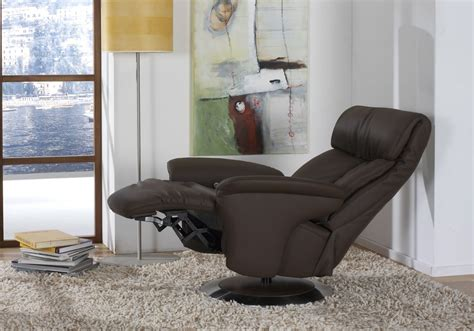 sinatra swivel riser recliner chair
