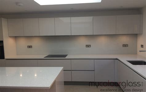 easy cleaning services kitchen glass splashbacks in uk at mycolourglass