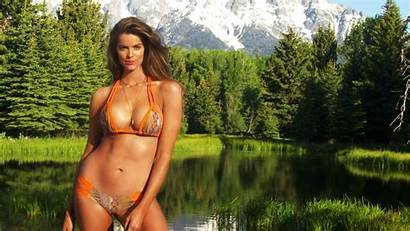 Illustrated Sports Robyn Lawley Swimsuit Si Rookie