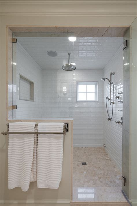 Tile Combinations For Small Bathrooms by Interior Design Ideas Home Bunch Interior Design Ideas