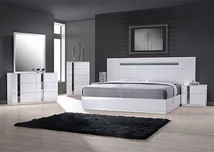 Exclusive wood contemporary modern bedroom sets two of the for Designer bedroom sets