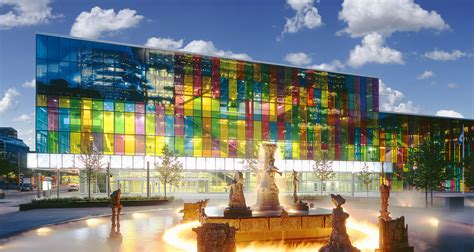 Centre De Congrès Et D'exposition à Montréal  Palais Des