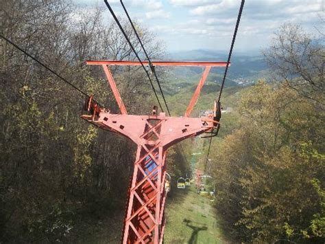 chair lift ober gatlinburg chair lifts picture of ober gatlinburg aerial tramway