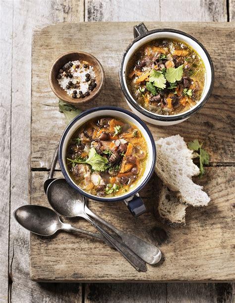 les plus belles cuisine soupe de légumes 55 soupes de légumes d hiver à table