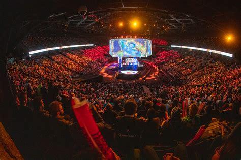 league  legends world championships hit  million