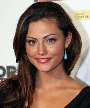 Phoebe Tonkin participa em «Vampire Diaries»