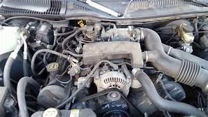 What The Engine Looks Like 2003 Lincoln Town Car