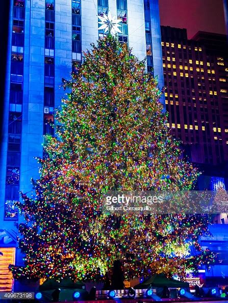 how tall is rockefeller tree 2017 height