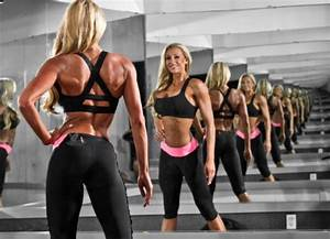 Women  Shaping The Perfect Glutes