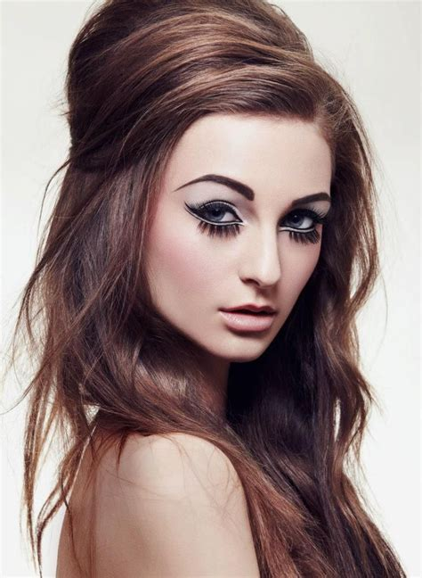 Modern 60s Hairstyles by Modern Day Throwback To 60 S Makeup And Hair Of