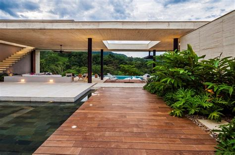 Country House In Colombia by Country House In Colombia