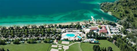 chambres d hotes franche comté cing la pergola capfun lac chalain tourisme en