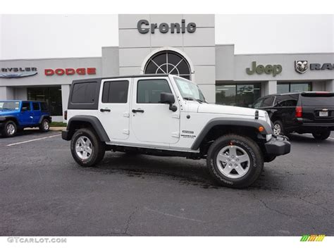 jeep sahara white 2016 2016 bright white jeep wrangler unlimited sport 4x4