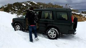 Land Rover Discovery 2 : land rover discovery ii stuck on deep snow youtube ~ Medecine-chirurgie-esthetiques.com Avis de Voitures
