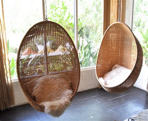 Hanging Chair Indoor Uk by Hanging Wicker Chair For Indoor And Outdoor Sitting