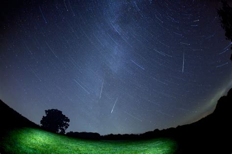 What Time Is Tonight S Meteor Shower by What Time Can We See The Orionids Meteor Shower Tonight