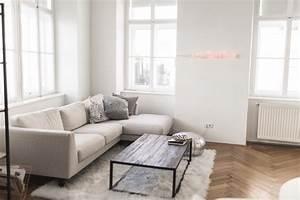 Luftfeuchtigkeit Wohnung Optimal : wohnung wohnzimmer tour anna laura kummer ~ Markanthonyermac.com Haus und Dekorationen