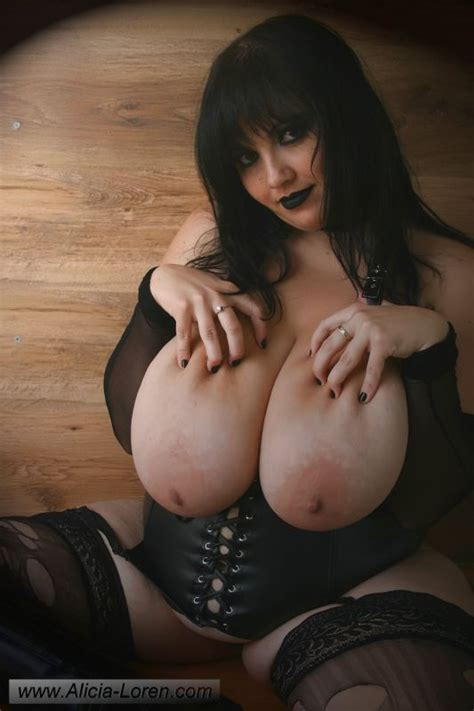Big Tit Goth Girls Giantess