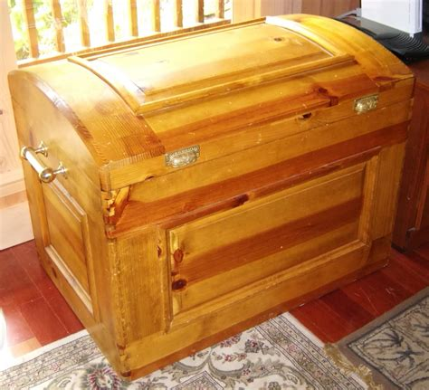 woodwork cedar chest woodworking plans  plans