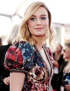 brie larson posture pin by jim fannon on actresses brie larson brie alison