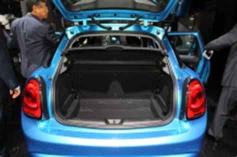 coffre mini 5 portes vid 233 o de la nouvelle mini 5 portes au mondial de l automobile 2014 l argus