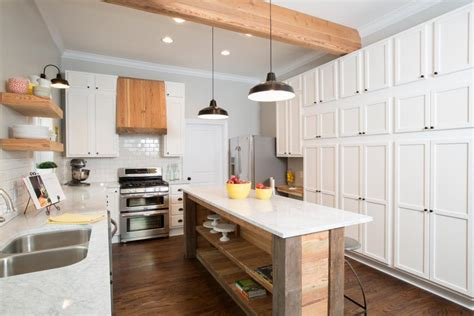 small kitchen makeovers pictures amazing before and after kitchen remodels hgtv 5485