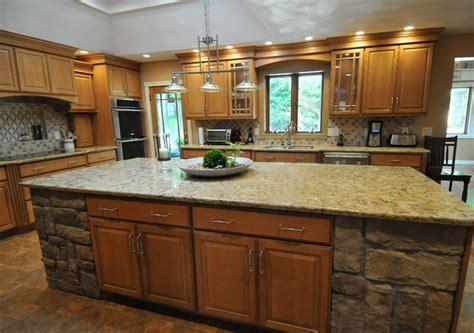 honey maple kitchen cabinets honey maple glaze traditional kitchen new york by 4323